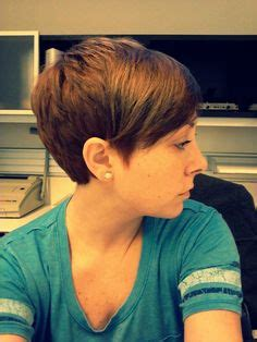pixie cut with razor comb asymmetrical razored pixie cut mary pinterest my