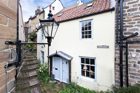 Cottage Robin Hoods Bay by Gorgeous
