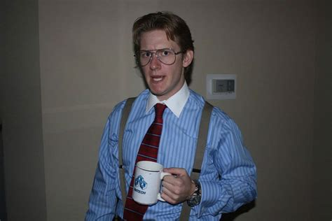 funny  creative halloween costumes twistedsifter