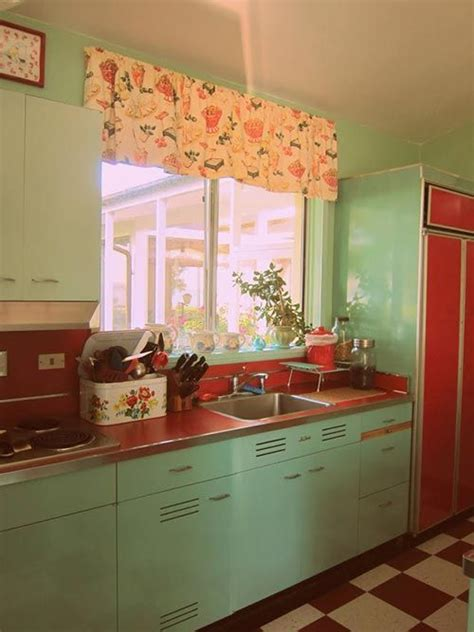 retro cabinets kitchen 27 daring red and green interior d 233 cor ideas digsdigs