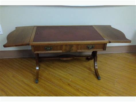 Furniture Kitchener Waterloo antique duncan phyfe drop leaf mahogany coffee table