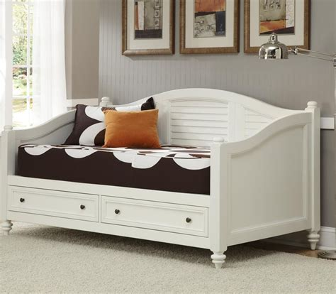White Wooden Daybed 7 White Daybeds With Storage Drawers Furniture