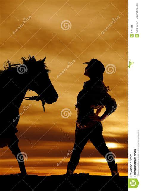 imagenes vaqueras en sombra silueta de las manos del lado de la vaquera en caderas