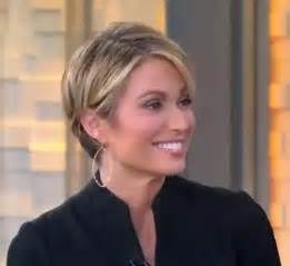 robach hairstyle 25 best ideas about amy robach on pinterest pixie bob