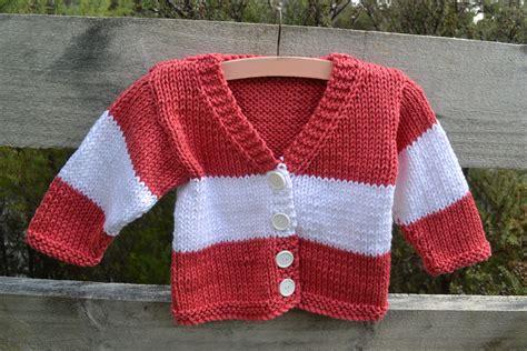 knitting pattern baby sweater bulky yarn a toddler cardigan using bulky yarn and a free pattern