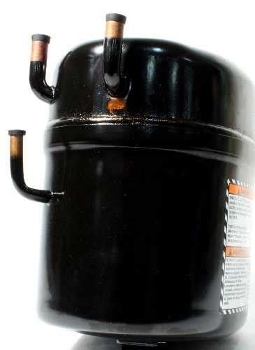 capacitor run daikin daikin mcquay wb1130 tecumseh aka8514exv ak148jb 009 a4y compressor hermetic 14000btu 265 60 1