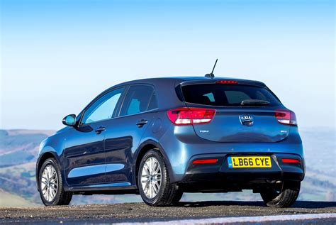 kia hatchback kia rio hatchback review 2017 parkers