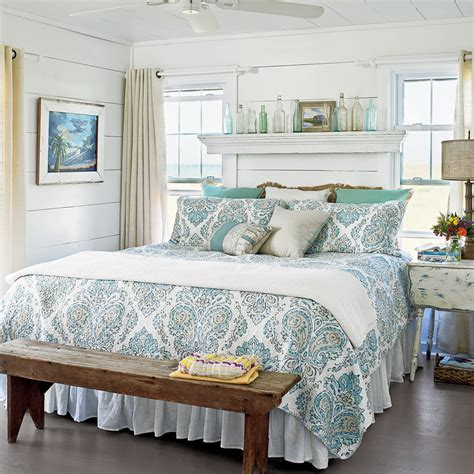 soothing blue beach bedroom 20 beautiful beach cottages ideas for blue bedrooms coastal living