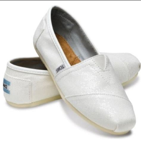 1000 images about nursing shoes white on