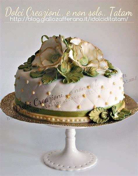 fiori in pasta di zucchero senza stini torta decorata vintage pasta di zucchero senza glucosio