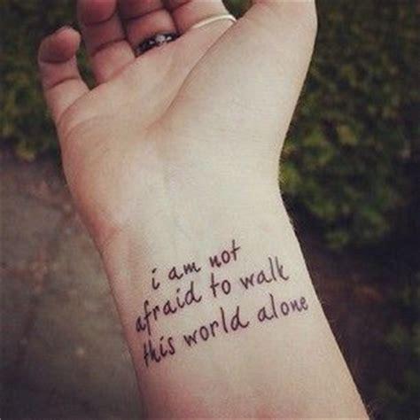 lyrics tattooed on my wrist 30 frases em ingl 234 s para tatuar com imagem e significado