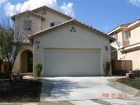 houses for sale in lake elsinore 32581 winterberry ln lake elsinore california 92532 foreclosed home information