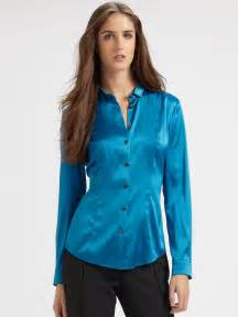 Burberry silk blouse in blue kingfisher blue