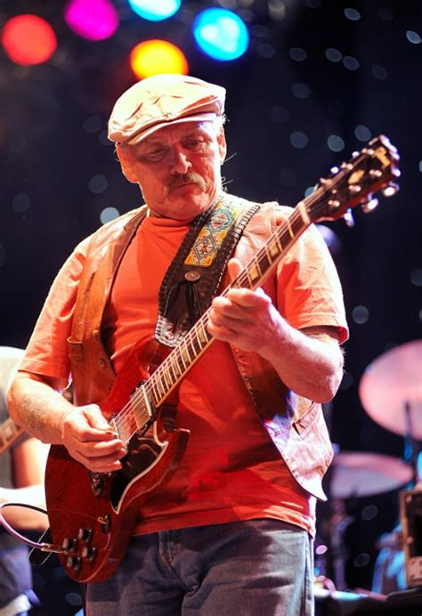 dickey betts photos dickey betts great southern performed at the