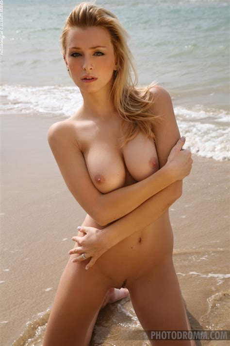 Daring Dominika Strips At The Beach Sexy Gallery Full Photo Sexyandfunny Com
