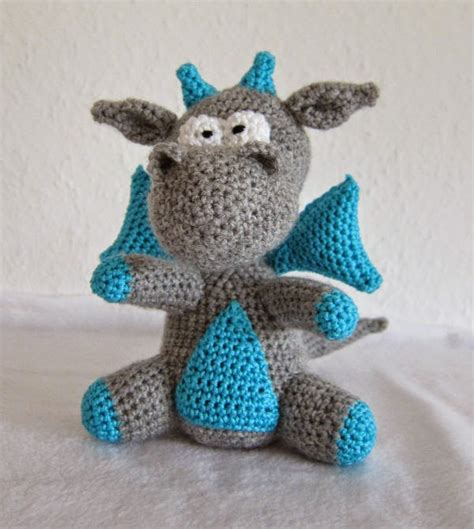 free knitted amigurumi patterns yaki free crochet amigurumi pattern knitting bee