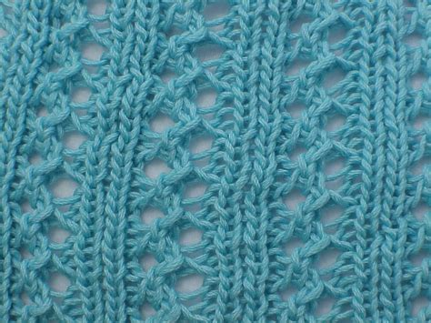 how to knit after on kriskrafter free knitting pattern wiggle lace scarf