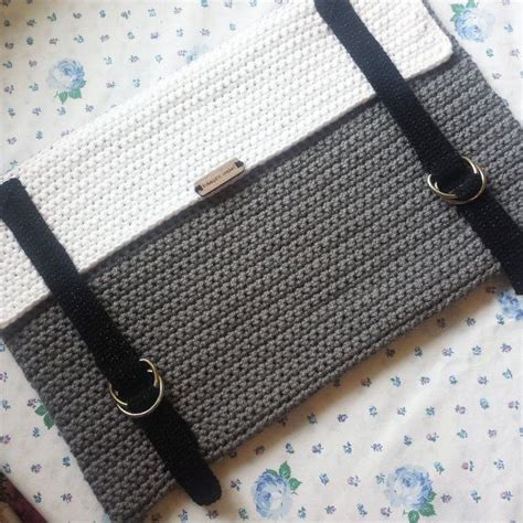 crochet pattern laptop bag 25 best ideas about crochet laptop case on pinterest