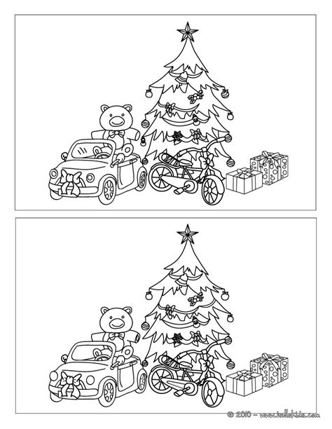 printable christmas find the difference games christmas tree and gifts online games hellokids com