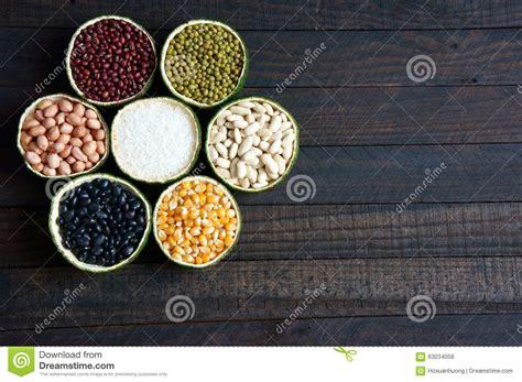 vitamin b carbohydrates cereals healthy food fibre protein grain antioxidant
