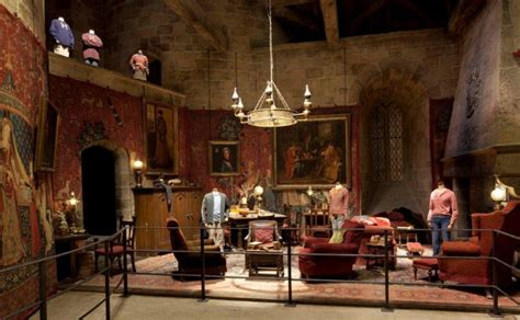gryffindor common room diving into the of harry potter studio tour wired
