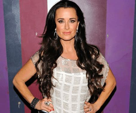 kyle richards needs to cut her hair kyle richards needs to cut hair kyle richards needs to cut her hair kyle richards shares