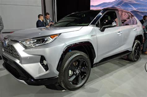 Toyota Rav 4 New by New Toyota Rav4 Revealed Pictures Auto Express