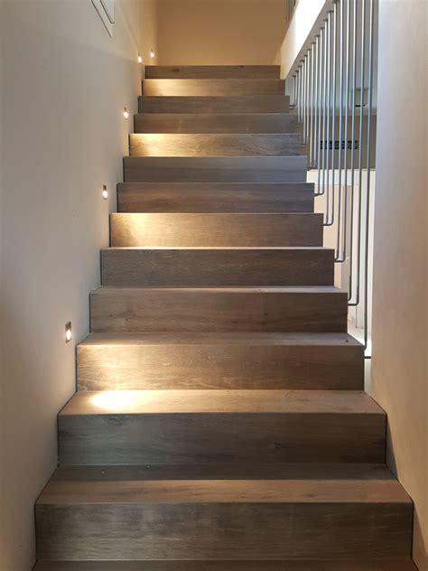 piastrelle scale piastrelle per scale interne design per la casa moderna