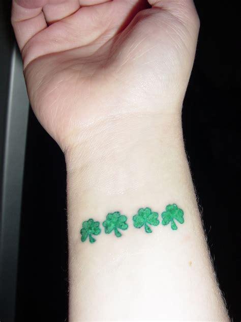 tatuajes de treboles para y su significado