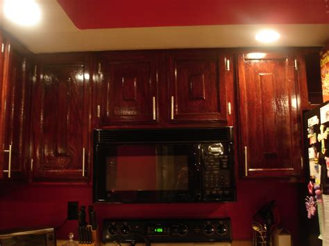 Refinishing Wood Kitchen Cabinets | diy how to refinish refinishing wood kitchen cabinets