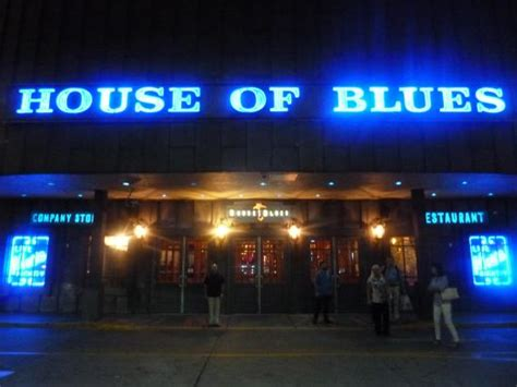 chicago house of blues front of house picture of house of blues chicago