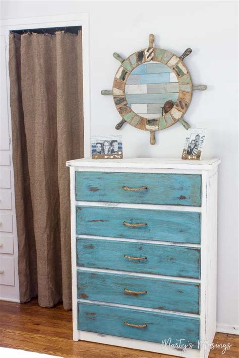 Painting Furniture With Chalk Paint by How To Paint Furniture With Chalk Paint
