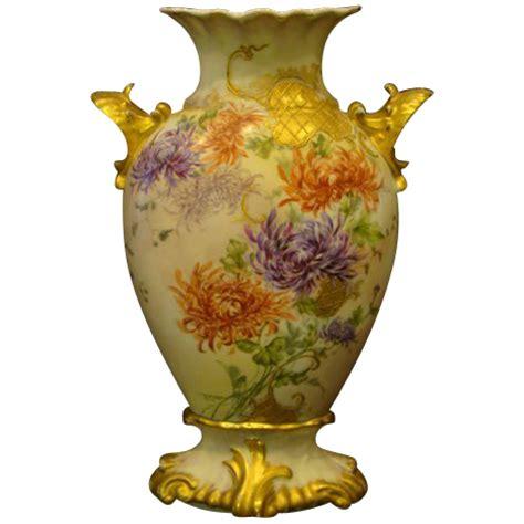 limoges painted chrysanthemum vase shell handles