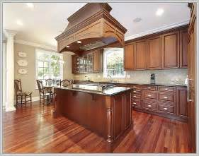 Kitchen Islands Toronto kitchen islands likewise lake side luxury traditional kitchen toronto