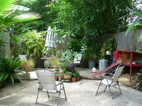 small backyard pictures simple landscape ideas landscaping ideas backyard utility