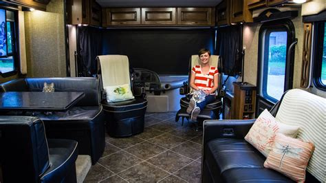 rv swivel chairs rv tip how to swivel rv captains chairs