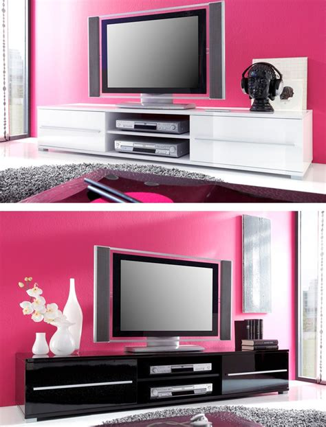 kleine schränke kommoden bilder wohnzimmer mit balken kleinen