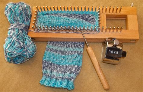 knit loom i made socks and you can crochet and knitting