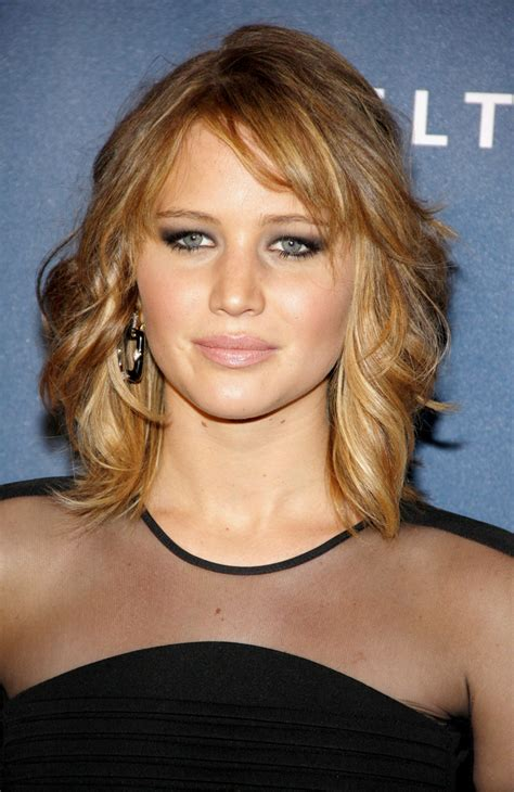feathered hair styles with bangs feathered hairstyles beautiful hairstyles