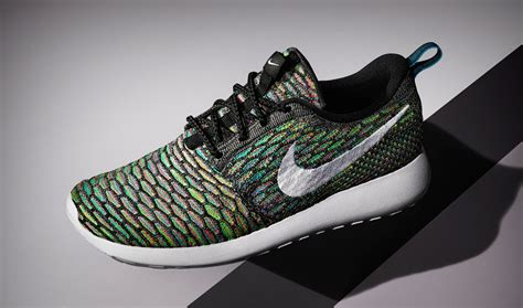 imagenes nike roshe up close with the nike flyknit roshe run sole collector