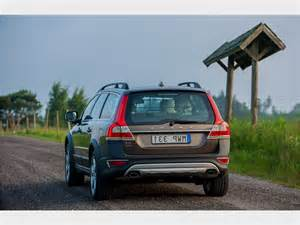 How Much Is Volvo How Much Is A 2015 Volvo Xc70 Review Futucars Concept