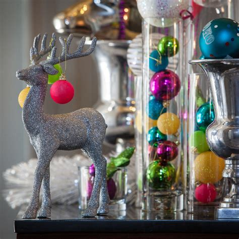 www avaeventstyling com neon bright christmas decor