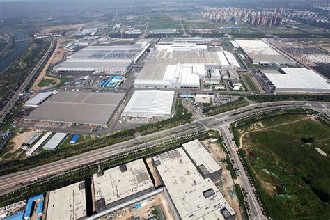 nord east motors mercedes engine plant at beijing celebrates