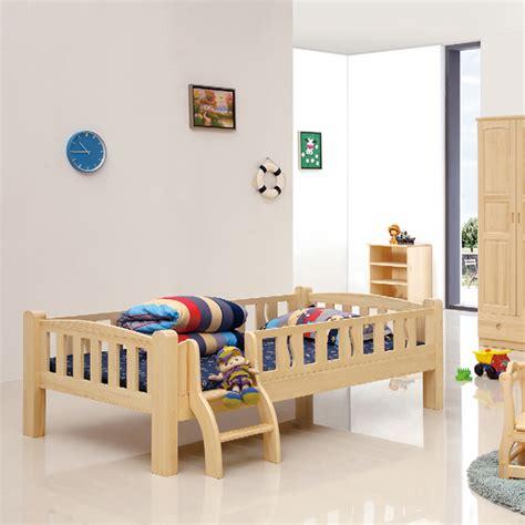 chambre enfant bois chambre enfant en bois naturel lit simple assortiment