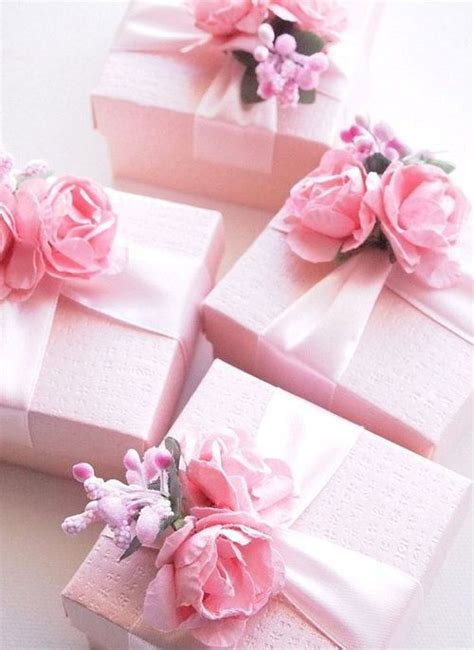pretty gifts 25 best ideas about christmas presents for mum on