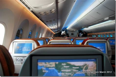a look inside the boeing 787 dreamliner which will