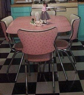 Pink Kitchen Table Fashion Vintage May 2013