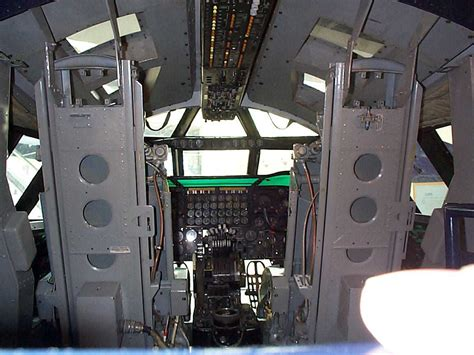 B 2 Bomber Interior by B 52 Interior Pictures To Pin On Pinsdaddy