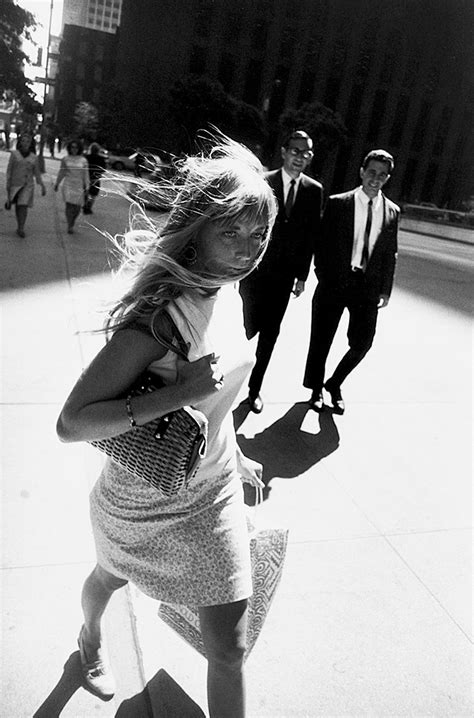 'Garry Winogrand,' a Retrospective at the Metropolitan