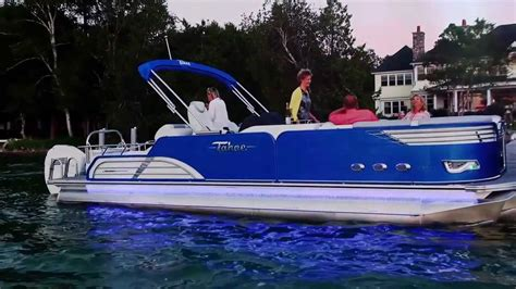 boat lights for pontoon tahoe and avalon pontoon boats exterior lights youtube